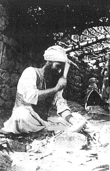 Шейх мастерит ложку
